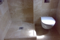 Honey-travertine-tiled-bathroom
